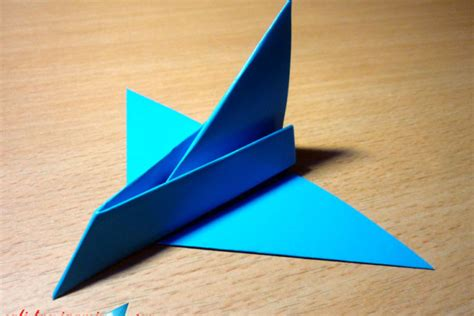 membuat origami pesawat terbang cara membuat pesawat luar angkasa dari kertas origami