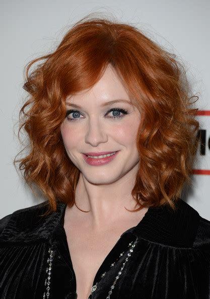 christina hendricks hair color christina hendricks deep crimson red hair color the