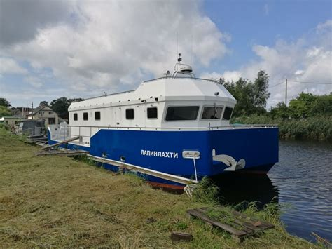 catamaran workboats for sale buy sell or charter commercial workboats worldwide