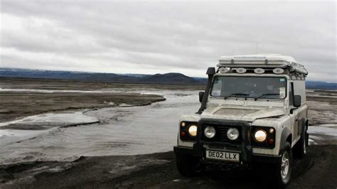 land rover iceland f910 to askja iceland land rover defender 110