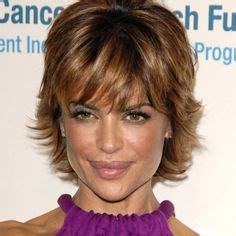 back view of nina rinna hair lisa rinna hairstyle back view lisa rinna messy short