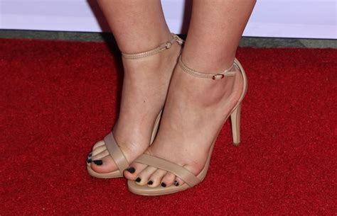 actress amy watson kayla maisonet s feet