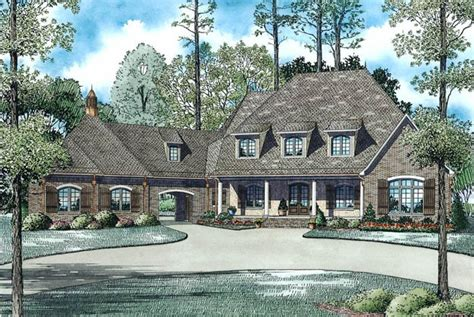 porte cochere house plans 6 bedroom 6 bath craftsman house plan alp 09s8