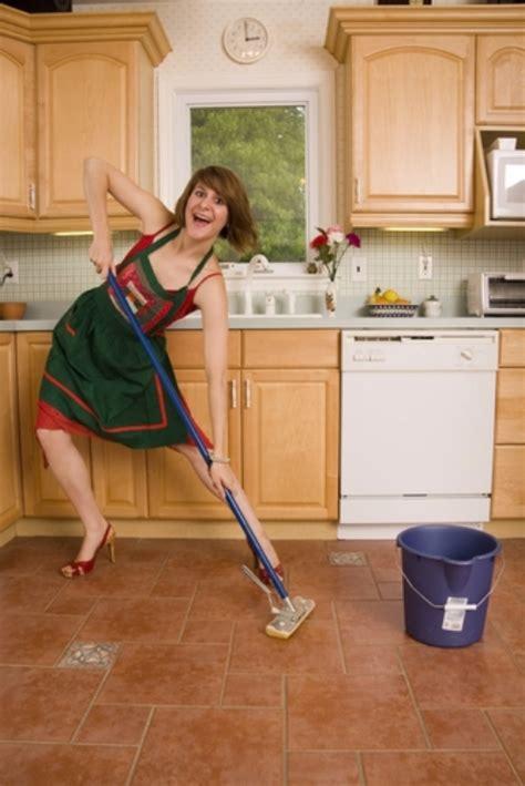 mob the floor mop the floor for 20 minutes 50 ways to blast 100