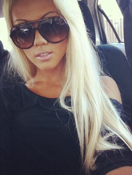 does black hair or blonde hide wrincles blondes sunglasses and blonde hair on pinterest