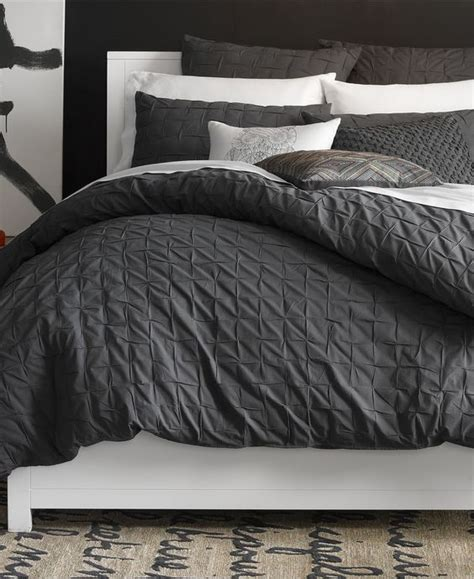 masculine comforters 35 awesome bedding ideas for masculine bedrooms digsdigs