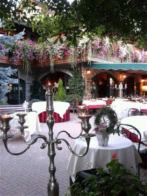 balcone in fiore balcone in fiore foto di ristorante san martino adrara