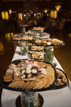 1000  ideas about Gym Wedding Reception on Pinterest