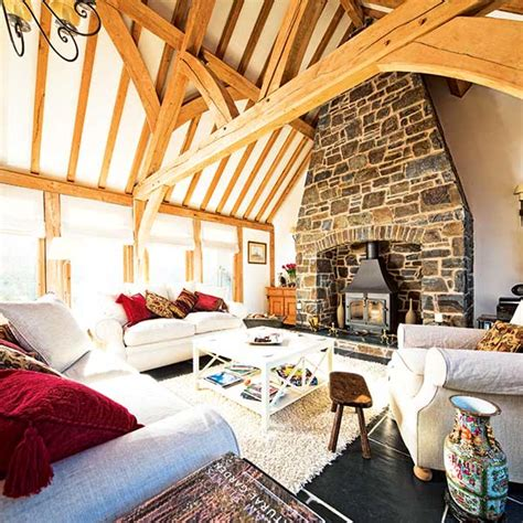 vaulted living room ceiling 15 design ideas for vaulted ceilings homebuilding