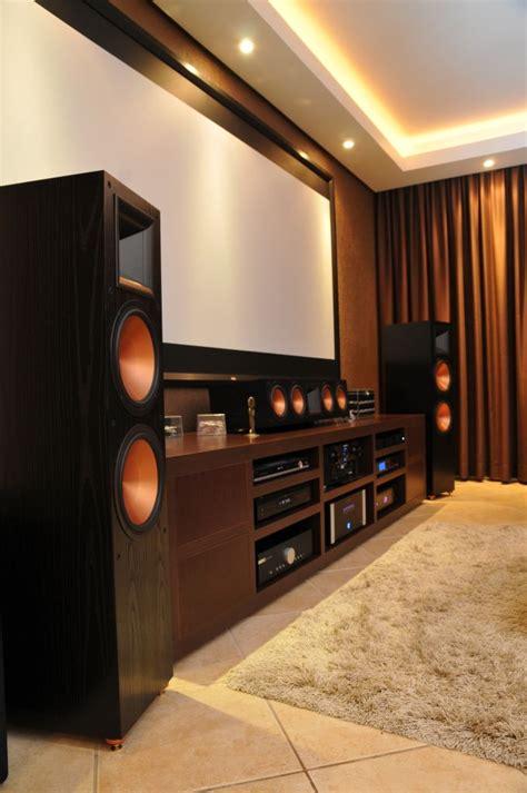 beautiful klipsch home theater speakers  fi system