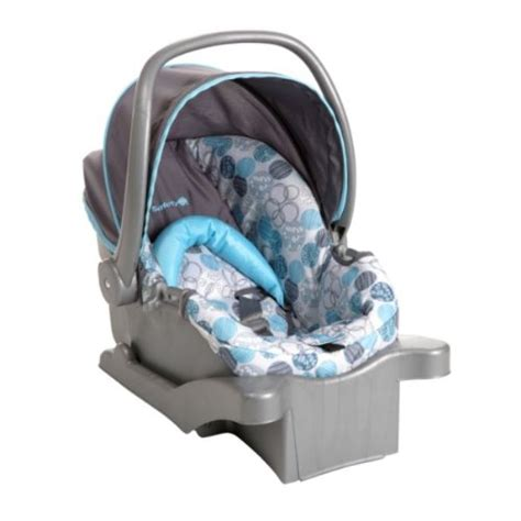 easy to carry infant car seat cosco comfy carry elite infant car seat bay