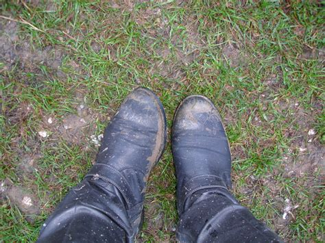 muddy shoes vintage at goodwood retro