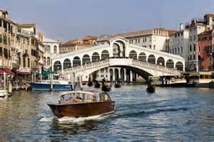 Tours Italy Venice Tours Rialto Bridge Italy Vacations Rialto