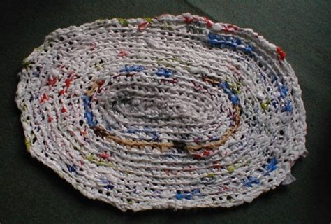 How To Make A Plastic Bag Rug by Crocheting Rugs With Plastic Bags Crochet Patterns