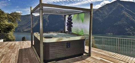 vasche idromassaggio da giardino vasche idromassaggio da esterno complementi arredo giardino