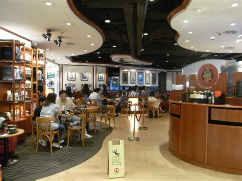 coffee house cafe file hk cwb 皇室堡 windsor house mall cafe pacific coffee interior jpg