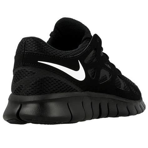 nike  run  nsw   white black en distanceeu