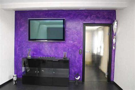bettdecke sprüche wohnzimmer mit farben gestalten
