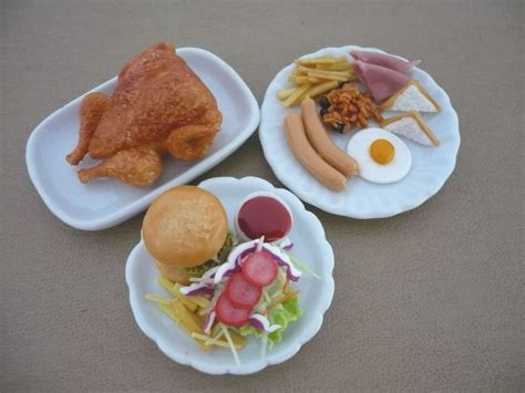 doll house food hamburger chip turkey breakfast on plate dollhouse