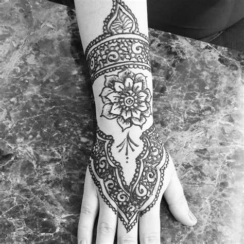 henna tattoo seattle my henna at shanti threading salon today i it