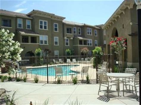 Sunpointe Apartments Chandler Az Apartments And Houses For Rent Near Me In