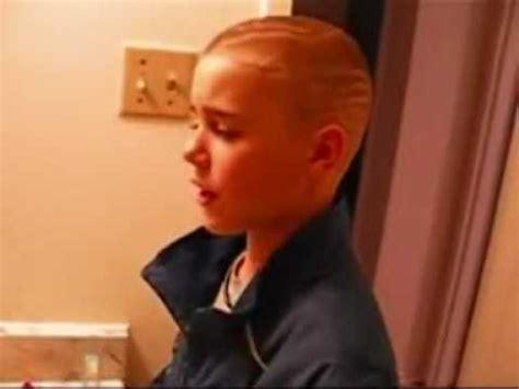 Justin Bieber In Shower by Justin Bieber Singing In The Bathroom