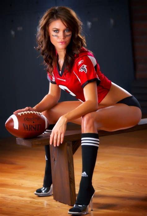 hot sports girls 52 best hot sport girls images on pinterest girl running