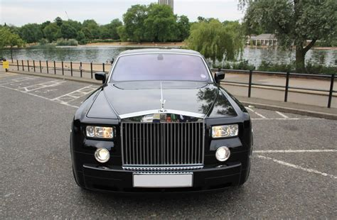 black rolls royce black rolls royce phantom hire herts rollers