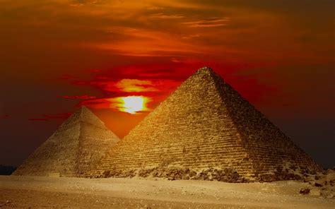 egyptian wallpaper for mac giza pyramids egypt red sunset wallpapers giza pyramids