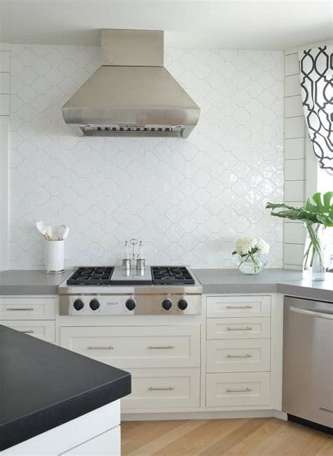 sacks kitchen backsplash white arabesque tile tile design ideas