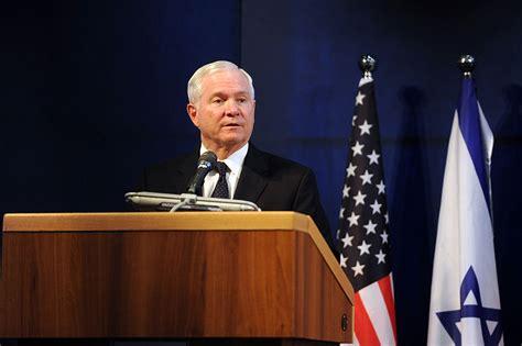 robert gates wikipedia former defense secretary gates says trump beyond repair
