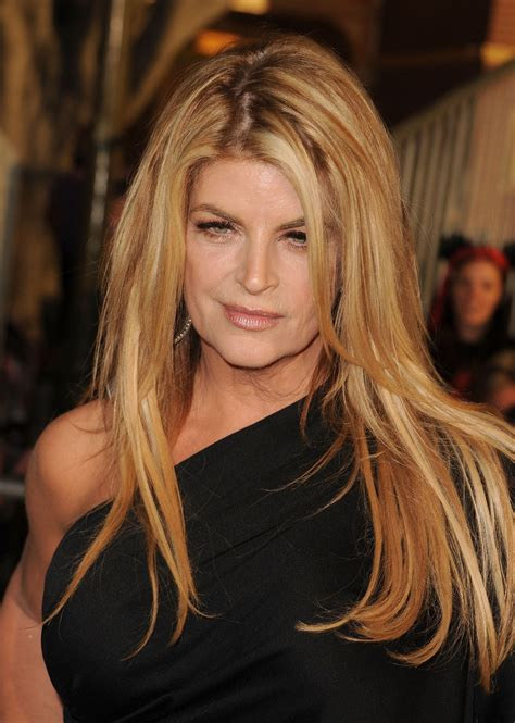 does kirstie alley have hair extensions kirstie alley layered cut hair lookbook stylebistro