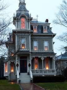 Victorian Gothic Homes 25 Best Ideas About Gothic House On Pinterest Victorian