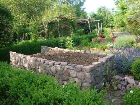Hochbeet Aus Natursteinen Selber Bauen by Hochbeet Garten Inspirationen