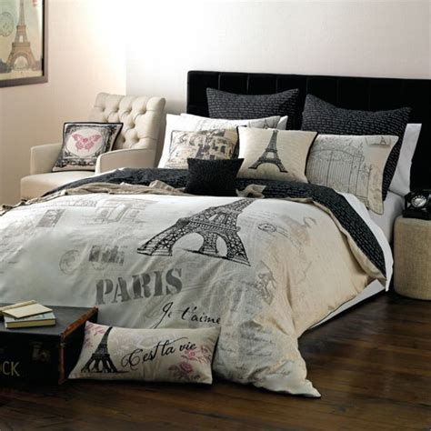 eiffel tower bed set trend alert chic parisian interior accessories