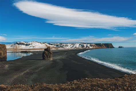 sand beaches black sand beach iceland entouriste
