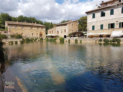 bagno vignoni italia toskania rzymskie termy w bagno vignoni italia by