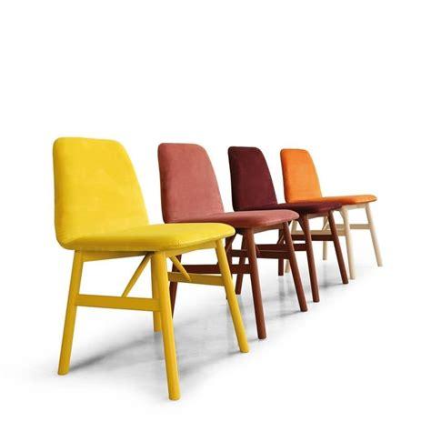 sedie imbottite design sedia in legno imbottita dal design morbido idfdesign