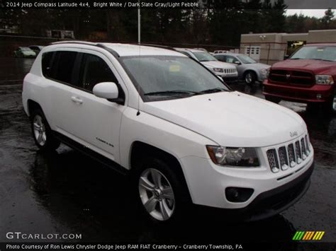 White Jeep Compass 2014 Jeep Compass Latitude 4x4 In Bright White Photo No