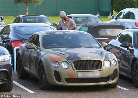 Mario Balotelli Covers His 163 160 000 Bentley Continental Gt
