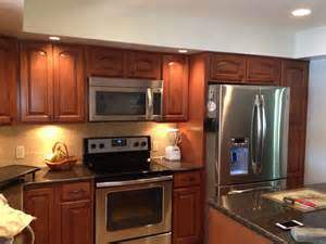 Cognac Kitchen Cabinets Shenandoah Grove Cathedral Maple Cognac