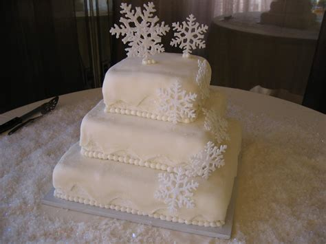 Wedding Cake Ideas by Winter Wedding Cake Ideas Weddingelation