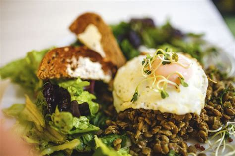 2 eggs carbohydrates balancing act nutrition and diabetes don t forget to