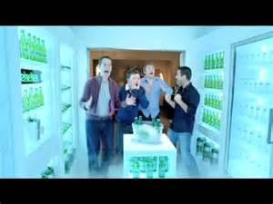 heineken werbung begehbarer kleiderschrank heineken begehbarer k 252 hlschrank hd lustige bier werbung