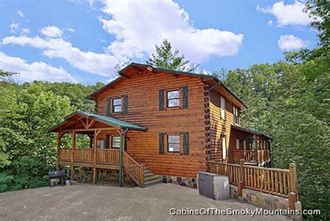 Gatlinburg Manor A 5 Bedroom Pigeon Forge Cabin Smoky Manor 5 Bedroom Sleeps