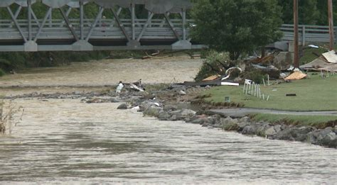 West Virgina Search 23 Dead In The Aftermath Of West Virgina Flooding Kobi