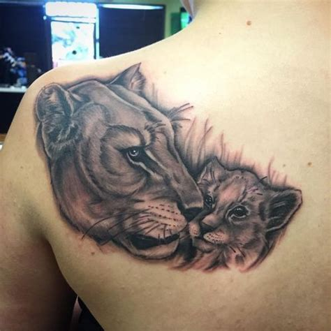 lioness tattoo meaning 30 amazing and cub ideas 2018 cubs