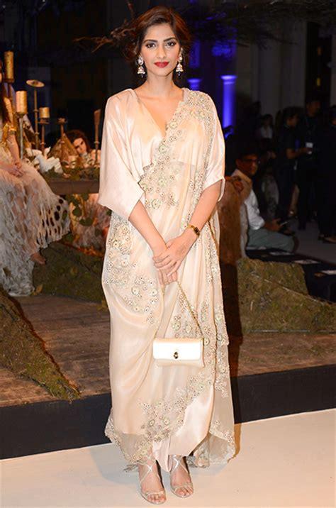 best dressed this week mahira khan and parineeti chopra