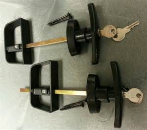 6 quot black t handle door lock set for shed gate playhouse 2