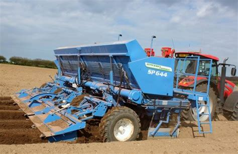 Standen Potato Planter by New Potato Planter From Standen Pearson Farming Uk News